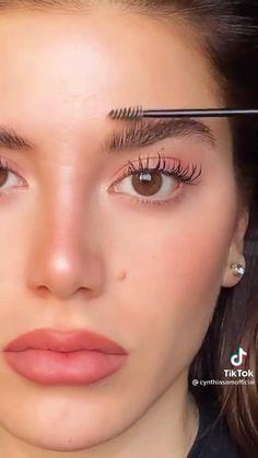 Makeup For Acne, Tan Skin Makeup, Peach Makeup Look, Makeup Eye Looks, Natural Eye Makeup, Day Makeup, Eyeshadow Looks, Model Makeup Tutorial, Makeup Pictorial