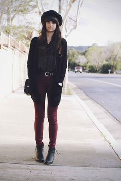 maroon jeans + black polka dot blouse. beautiful fall/winter outfit