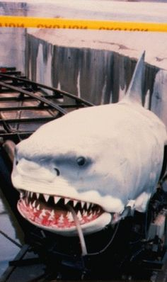 the JAWS ride   Florida theme park attraction tribute (1991)