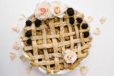 The prettiest floral pie