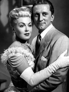 The Bad and the Beautiful, Kirk Douglas, Lana Turner, 1952 - An unscrupulous movie producer uses an actress, a director and a writer to achieve success.
