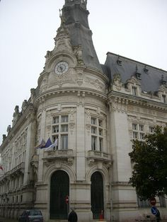 City Hall, Sens (France) by Yvette Gauthier, via Flickr