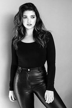 Alisha Newton, Leather Skirt, Skirts, Fashion, Moda, Leather Skirts, Fashion Styles, Skirt