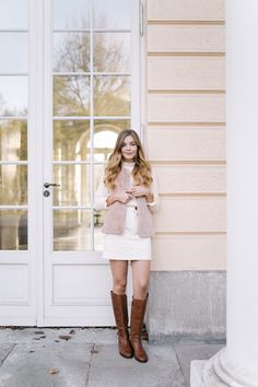 As you know I always gravitated to pastel shades. Lately more than ever to the extend that I'm missing spring and summer and. Cognac Riding Boots, Ralph Lauren Boots, Pastel Shades, Corduroy Skirt, Early Fall, Fall Winter Outfits, Femininity, Etiquette, Brown Boots