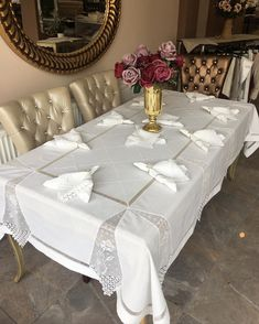 Comforters, Needlework, Diy And Crafts, Blanket, Furniture, Home Decor, Dining Table Runners, How To Make Crafts, Mesas