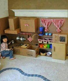 Make This Amazing Cardboard Play Kitchen for Your Little Girl Play Kitchens, Play Kitchen Diy, Childs Kitchen, Cheap Kitchen, Cardboard Kitchen, Cardboard Play, Cardboard Crafts, Cardboard Houses, Projects For Kids