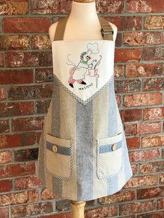Reversible youth unisex apron--made to fit size 10 to 14 youth Apron, Youth, Size 10, Unisex, Jeans, Fitness, How To Wear, Design, Fashion