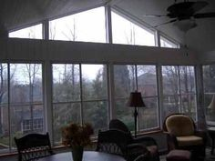 Love the windows, vaulted ceiling