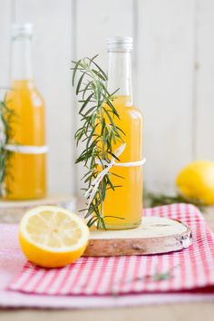 Rosmarin-Zitronen-Grapefruit Sirup  Sollte perfekt zum Greyhound passen