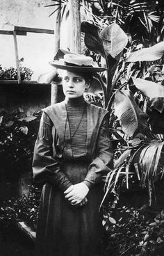 This pretty lady is Lise Meitner.   She was born in Vienna in 1878. She was part of the team that discovered nuclear fission in 1938. Element 109 was named after her.