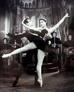 Margot Fonteyn and Robert Helpmann, Swan Lake