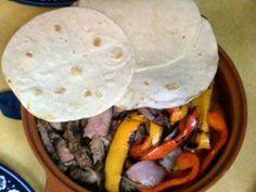 Fajitas avec Tortillas fabrication totalement maison.. - Recette de cuisine Marmiton : une recette