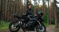 Suzuki Ninja, the black beauty.