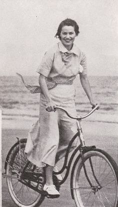 1930s summer fashion
