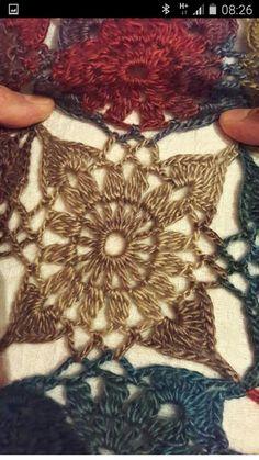 Manta Crochet, Tunisian Crochet, Crochet Motif, Diy Crochet, Crochet Patterns, Beginner Knitting Patterns, Knitting For Beginners, Lost In Time Shawl, Crochet Shawls And Wraps