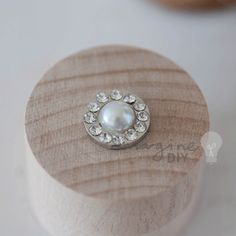 Small round pearl embellishment with crystal border, Decorations for DIY wedding stationery. DIY wedding supplies
