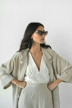 Effortlessly chic   Women's fashion   Timeless outfit ideas