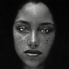 Foto Portrait, Portrait Photography, Fashion Photography, Profile Photography, Photography Office, Stunning Photography, Pencil Portrait, Richard Avedon, Irving Penn Portrait