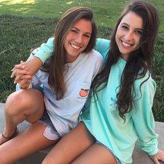 Besties wear matching tees okay? Tag your partner in crime LINK IN BIO #fraternitycollection #pockettees