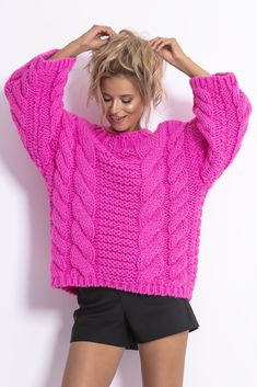 Discover recipes, home ideas, style inspiration and other ideas to try. Cozy Sweaters, Sweaters For Women, Happy Socks, Kenzo, Look Fashion, Jumper, Diy And Crafts, Cool Style, Turtle Neck