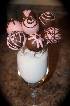 Pink & Brown Baby Girl Cake Pops <3 @Lynsee Bielick