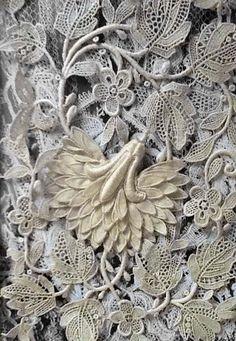 Linen & Lace - Antique Lace