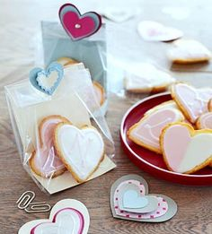 These cake-like lemon #cookies make a great homemade treat for your valentine!