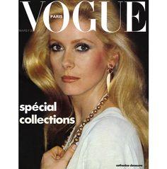 133 films, 16 couvertures de Vogue Paris, une multitude de séances photo sous l'objectif des plus grands... Depuis toujours Catherine Deneuve fascine le monde du cinéma, de la mode et de la photo. Sa blondeur, sa beauté froide, mystérieuse ont fait d'elle une icône : la Parisienne par excellence. Alors qu'elle fête aujourd'hui son anniversaire, Vogue opère un retour en images avec une sélection choisie de beaux clichés.