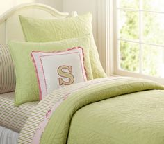Bedding for day bed