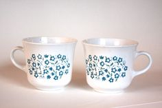 $5 Pair of Vintage Corelle Coffee Cups Blue Heather Flower Pattern by LittleShopofWhatNots on Etsy