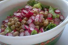 Foto de la receta de ensalada de garbanzos y rábano