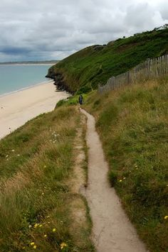 Visit Walking routes, guides and maps for Cornwall