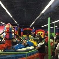 Jungle Jims Playland, an indoor amusement park for your littles and perfect for birthday parties