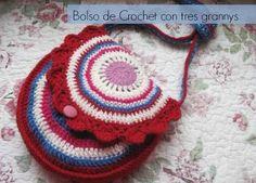 Bolso con 3 grannys de crochet tutorial