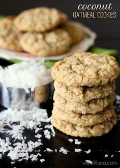Coconut Cookie Coconut Oatmeal Cookies - so good you can never eat just one! { }Coconut Oatmeal Cookies - so good you can never eat just one! Oatmeal Coconut Cookies, Oatmeal Cookie Recipes, Coconut Cookie Recipe, Butter Pecan Cookies, Oreo Dessert, Delicious Desserts, Dessert Recipes, Yummy Food, Coconut Recipes