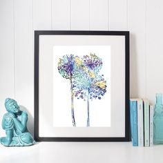 "Illustration ""Allium blue"" blå/grön | Postern hittar du hos GaboDesign Allium, Digital Illustration, Gallery Wall, Poster, Blue, Home Decor, Homemade Home Decor, Posters, Decoration Home"