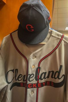 Both the Indians and Tigers are wearing throwback uniforms to pay tribute  to their respective Negro 28996946e68a