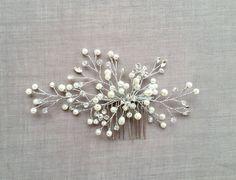 Floral wedding headpiece, freshwater pearl hair comb, bridal accessories, bridal hair comb, Crystal, pearl hairpiece, wedding accessories