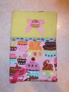 "Capa para livro ""Cup Cakes"""