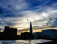 #Throwbackthursday: Two EH101 Merlin flying over Tower Hill 02.12.2015  Shot with Canon EOS 1D Mark II Yashica ML 24mm f2.8  #canon #canoneos1dmkii #eos1dmarkii #canondigital #yashica #yashicaml #24mm #wideangle #architechture #building #art #europe #justeuropeanthings #london #theshard #towerhill #likeforlike #likeforfollow #love #sunset #trip #faraway #travel #manualfocus #eh101 #merlin #helicopters #britain #throwback by vonrajoria