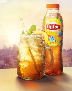 zakelijk imago: je ziet het merk Lipton, de boodschap is verfrissend, en het doel is om mensen ice tea te laten drinken