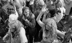 In bands like The Grateful Dead played to at Summer Jam in upstate New York. Like Woodstock, there was love, peace, nudity, and drugs Karate Club, Richie Havens, Woodstock Music, Summer Jam, Summer Breeze, Houses Of The Holy, Watkins Glen, Rock Festivals, Nick Cave