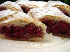 Rétes (strudel, made with various fruit fillings)