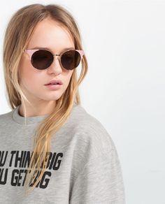 Image 2 of ROUND METALLIC SUNGLASSES from Zara