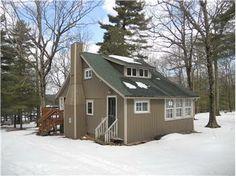 193 LAUREL LANE, SPARROWBUSH, NY 12780, USA - LAKE ACCESS - real estate listing