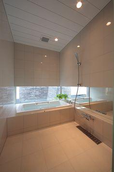 Home Design Decor, Bathroom Interior Design, House Design, Japanese Style Bedroom, Japanese Bathroom, Bathroom Styling, Cool Rooms, House Rooms, Bathroom Inspiration