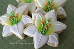 Easter Lilies      www.cloughd9cookies.weebly.com Site/Blog https://www.facebook.com/CloughD9CookiesSweet