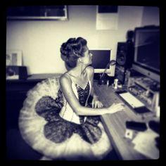 Hazel Ocskó in the studio.  #allwarisdeception #mfringe   www.allwarisdeception.com