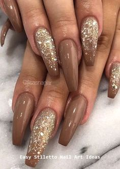 30 große Stiletto Nail Art Design-Ideen – Nageldesign, You can collect images you discovered organize them, add your own ideas to your collections and share with other people. Glam Nails, Pink Nails, Fancy Nails, Brown Nail Art, Brown Nails, Stylish Nails, Trendy Nails, Hair And Nails, My Nails