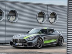 Mercedes showed up to the 2018 los angeles auto show with quite the surprise the amg gt r pro. it s essentially a more aggressive version of the gt r (. Volkswagen, Mercedes Amg Gt R, Bentley Mulsanne, Ford, Bmw, Audi, Best Classic Cars, Latest Cars, Car Car